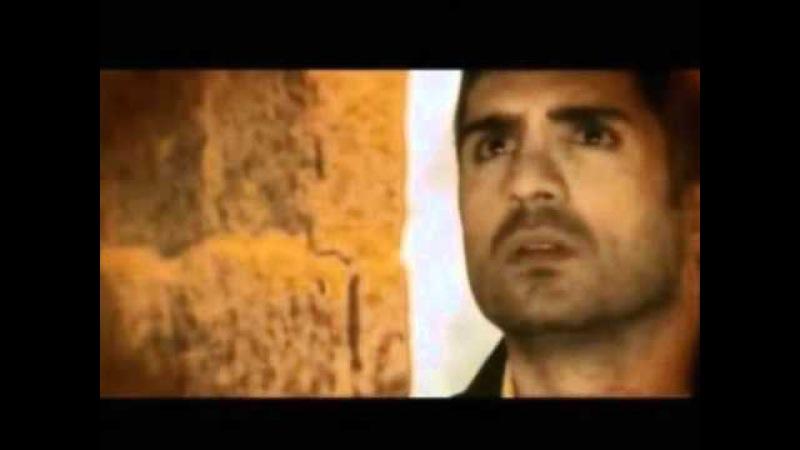 Özcan Deniz biography - English subtitles