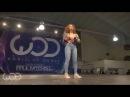 девочка круто танцует крутой танец