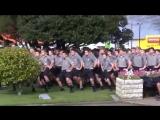 Боевой танец Хака Маори на похоронах учителя в Новой Зеланди