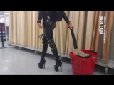 DANA LABO boots my passion - shopping day_walking in public