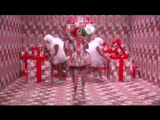 Sia Unwraps a Special Holiday Performance of Snowman 12 12 2017  телешоу Эллен Дедженерес, Бербанк, США.