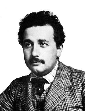Эйнштейн в 1904