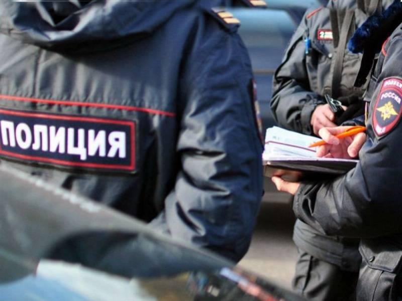 Житель Кызыл-Октября гулял по Кардоникской с АК-74
