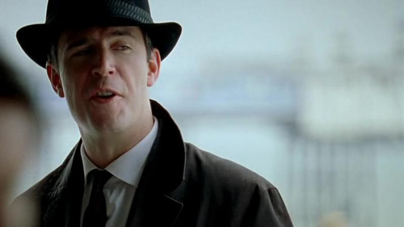 1_01_Marple (ITV 2004) Un cadáver en la biblioteca