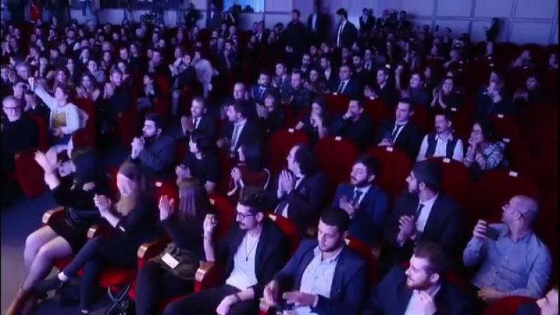 Kısa Film Festivali Ödül Töreninden Meleğimizin En Tatlı Halleri... 🌟