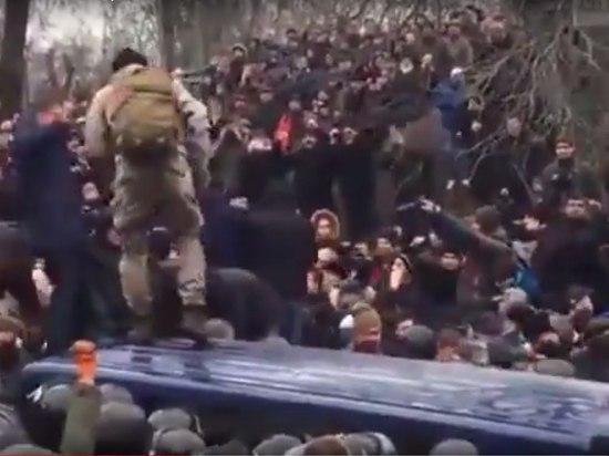 Часть нацгвардии Украины сняли амуницию и перешли на сторону Саакашвили