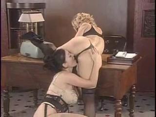 2 зрелые секретарши трахаются, Danni Ashe Lorna Morgan lesbian sex porn mature milf bubble ass (Инцест со зрелыми мамочками 18+)
