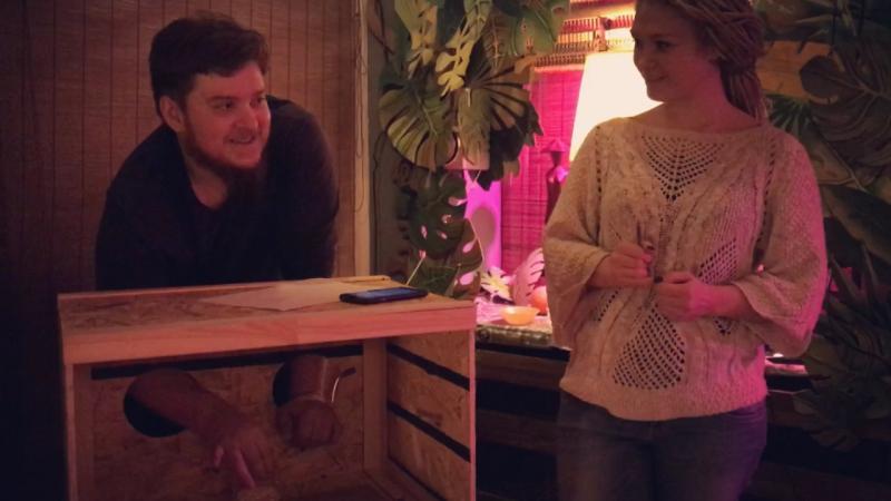 «Сыграй в ящик» в арт-кафе Хвощ