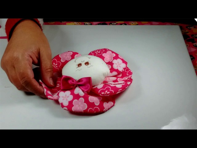 Como fazer uma linda boneca de pano menina flor parte 2