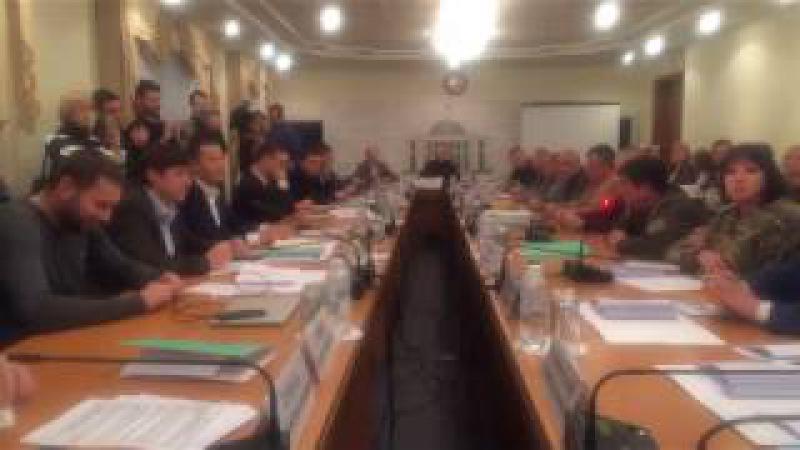 Скандальне засідання парламентського комітету з протидії корупції