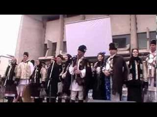 Traditii si obiceiuri de Anul Nou. Dupa datina strabuna 27 decembrie 2013 Suceava
