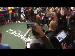 Guillermo Rigondeaux media workout ahead of fight with Lomachenko