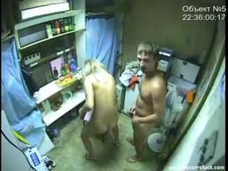 Секс в ларек