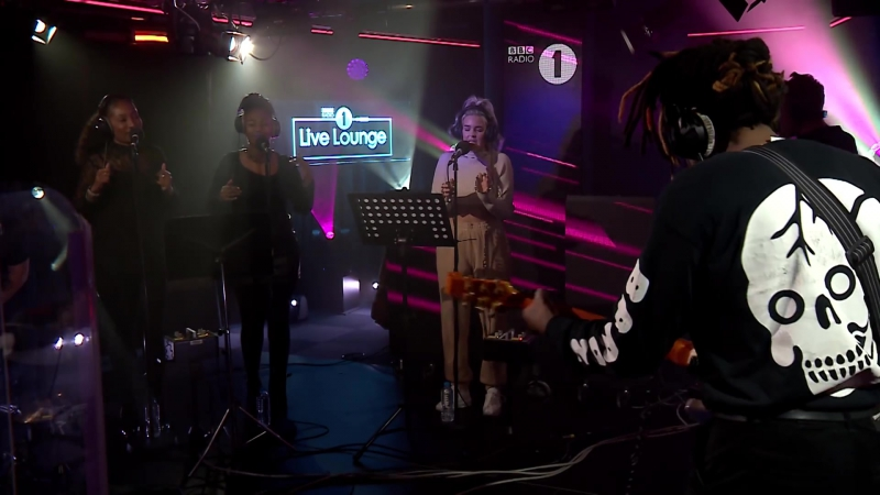 Anne-Marie - Finders Keepers (Mabel cover) in the Live Lounge (BBC Radio 1)