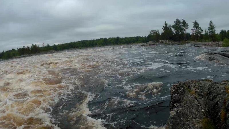Проходили с великами по дну вдоль потока, когда шлюз был закрыт. (Вело-ностальгия 2017)