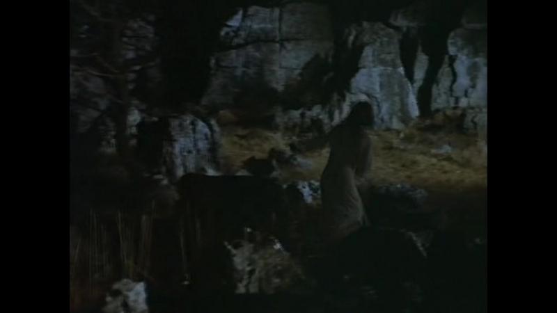 ПАПЕССА-ОДЕРЖИМАЯ БЕСАМИ. (1975)