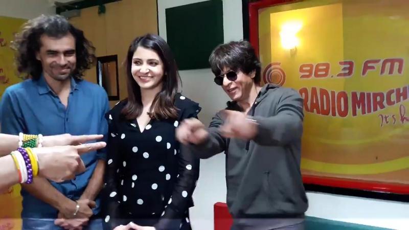 Team Jab Harry Met Sejal at Radio Mirchi in Mumbai 6
