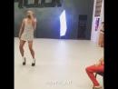 Мигел танцует на каблуках