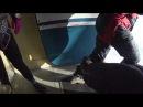 выпинывание спортсменов за борт самолета