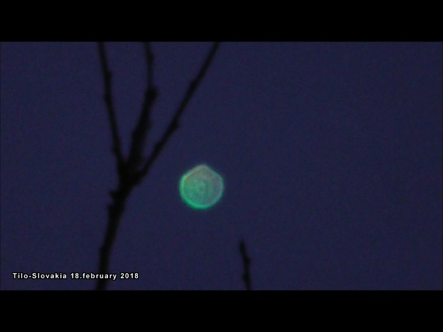 What is it? PLASMA UFO or Orb? Planet,star or satelite? 18.February .2018.