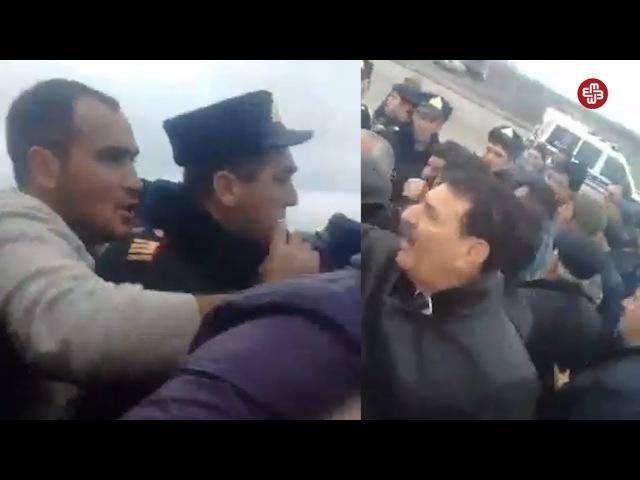 İmişli sakinləri qaz tələbi ilə yolu bağlayıb - Polis zor tətbiq edib
