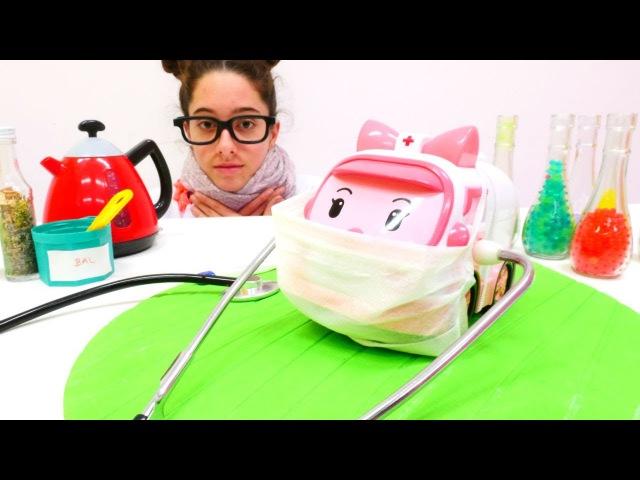 Doktor kendisi hastalanıyor Kız evcilik oyunu