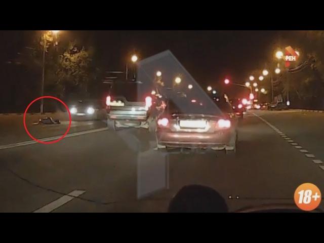 Водитель переехал женщину, сбитую другой машиной на дороге в Домодедово