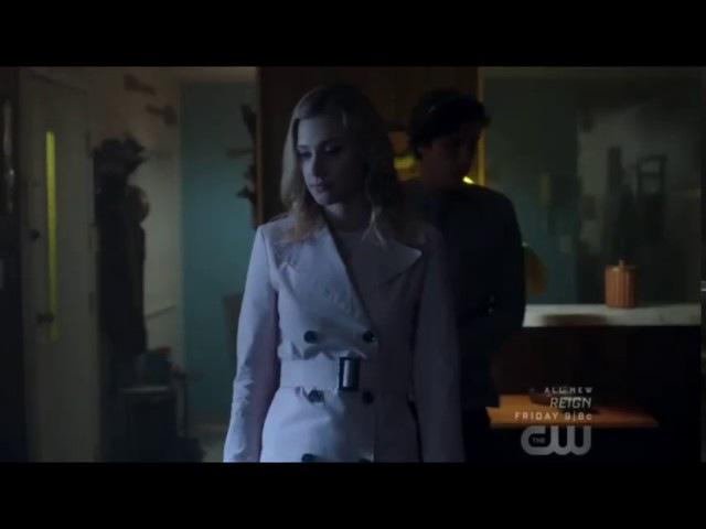 Jughead Betty I Love You Kiss Scene - Riverdale 1x13