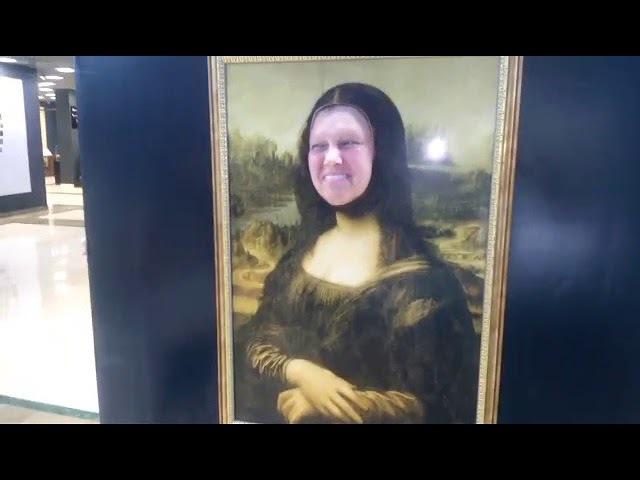 Ох уж эта Мона Лиза. Какая же у неё шикарная улыбка.