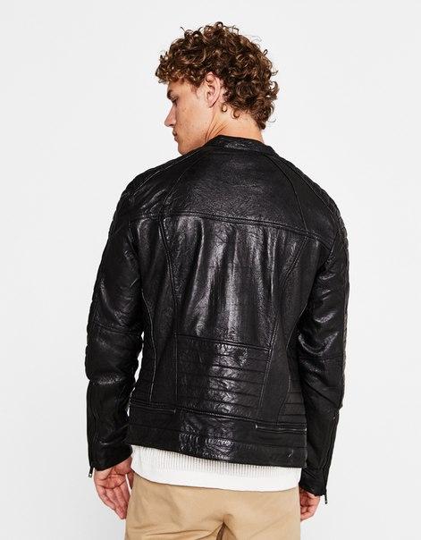 Байкерская куртка из кожи