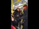 A-stockholm-suede-une-racaille-agresse-une-femme-agee-dans-le-tramway-avant-de-la-forcer-a-lui-laisser-sa-place-assise-handicape