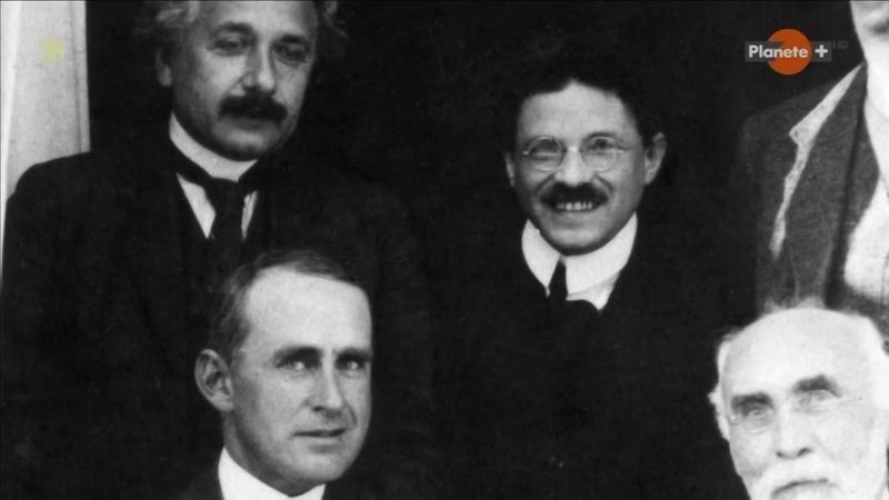 Эйнштейн и теория относительности 2015