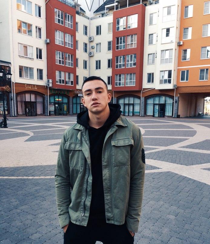 Дима Попов |
