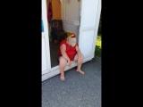 хариус временно спит))