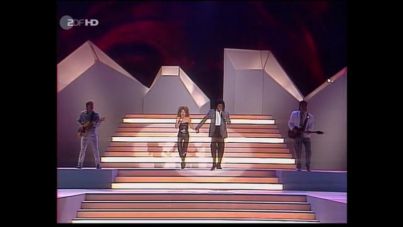 Jermaine Jackson Pia Zadora - When the Rain Begins to Fall (ZDF HD 1985)