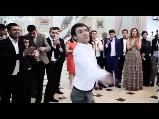 Iranian Girls And Boys Dancing Azeri - رقص زیبای آذری پسران و دختران