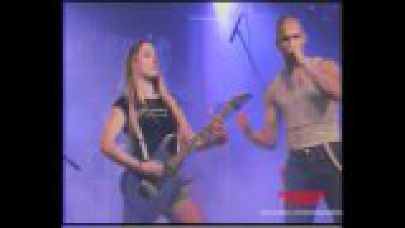 Discharger - Skinhead (Special guest Kellie on guitar).wmv