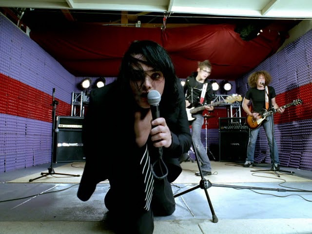 My Chemical Romance - I'm Not Okay (I Promise) [Outtake Version 2]