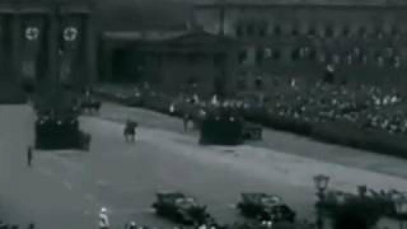 Немецкий марш 1940 года в Берлине.Музыка Wen Die Soldate