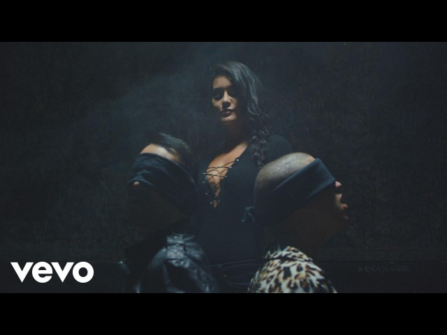 Víctor Manuelle - Mala y Peligrosa ft. Bad Bunny (Video Oficial)