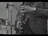 Эрик Долфи (бас-кларнет)