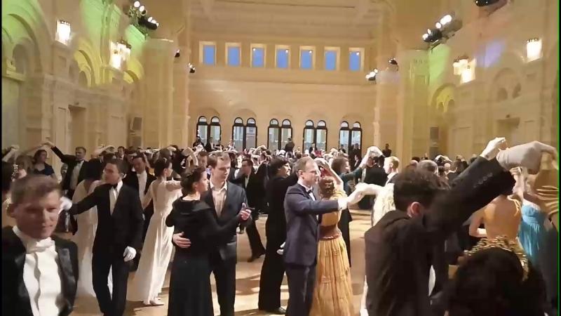 Сретенский бал в ГУМе 2018