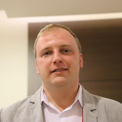 Олег Неборский