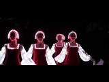 Русский народный танец девушек в светящихся платьях! Невероятно красиво.mp4
