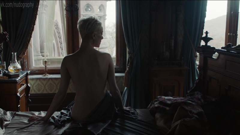 Северия Янушаускайте (Severija Janusauskaite) голая в сериале Вавилон-Берлин (Babylon Berlin, 2017) s01e07 (1080p)