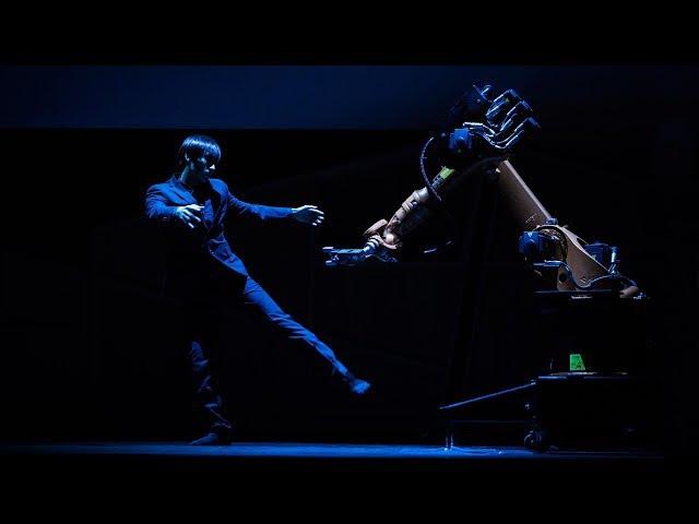 A human-robot dance duet | Huang Yi KUKA