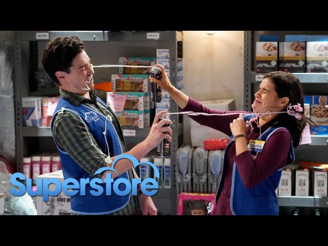 """Супермаркет Superstore 3x13 """"Video Game Release"""" Promotional Photos"""