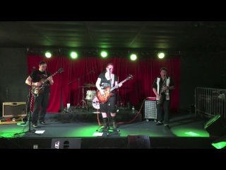Kitty Rose & The Rattlers - Drop Dead Gorgeous