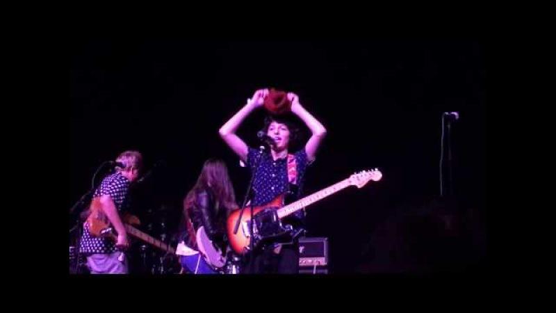 El Scorcho by Weezer Covered by (Finn Wolfhard) Calpurnia at STRANGE 80s, Fonda Theater, 5/14/17 » Freewka.com - Смотреть онлайн в хорощем качестве