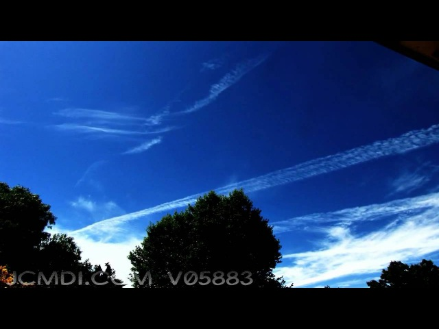 V05883 Time lapse HD high clouds and jet trails
